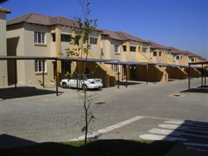Ref: GE224 1st Floor, 3 Bedroom, Bathroom, O/Plan lounge-kitchen, carport, Secure complex