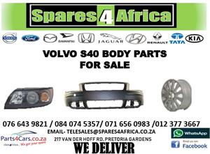 VOLVO S40 BODY PARTS FOR SALE
