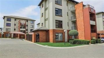 NO DEPOSIT REQUIRED: Immaculate 2 Bed 1 Bath Unit Available in Jhb South - Oakdene