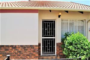 2 Bedroom house Nossob Park 28 FOR SALE in 629 Koichab Street, Erasmus Kloof
