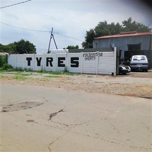 suzys scrap metal & tyers