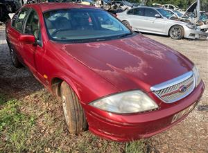 Ford fairmont 4lt 2003 stripping for spares
