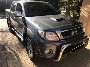 2010 Toyota Hilux double cab HILUX 3.0D 4D HERITAGE R/B A/T P/U D/C