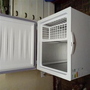 Defy Chest Freezer CF210-HC