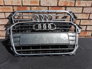 Audi A4 B8 Facelift Main Grill