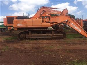 Stripping a Solar 500 excavator for spares