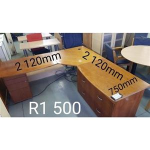 Large L-Shape Office Desk with Drawers