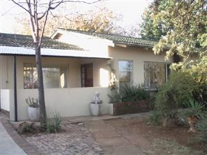 House to let 3 bedroom in Valhalla Pretoria