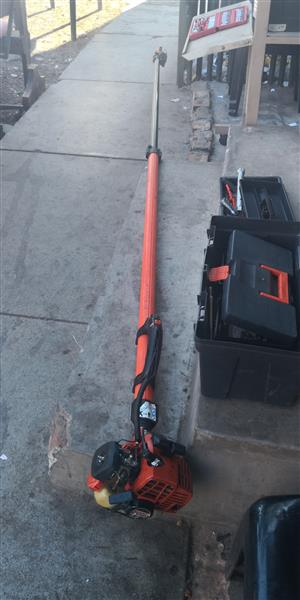 Pole pruner  2 pieces available