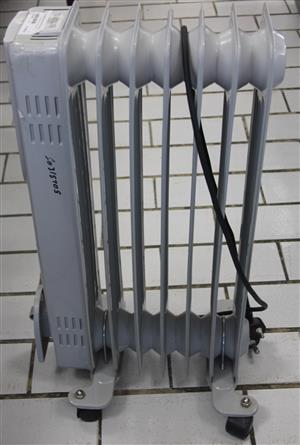 S031570G Small oil heater #Rosettenvillepawnshop