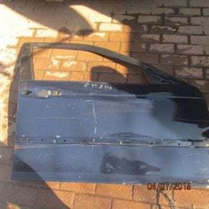 BMW E46 R/F DOOR SHELL – USED