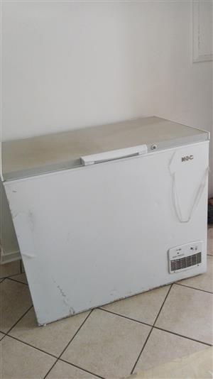 Kic deep freezer 230 litre