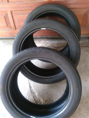 Three good used 245/45/20 Continental Tyres fits Evoque R2550