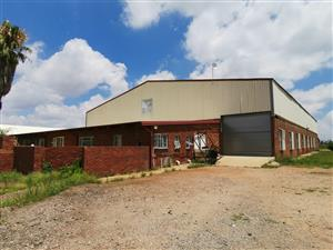 NEAT WAREHOUSE TO LET IN KLERKSOORD
