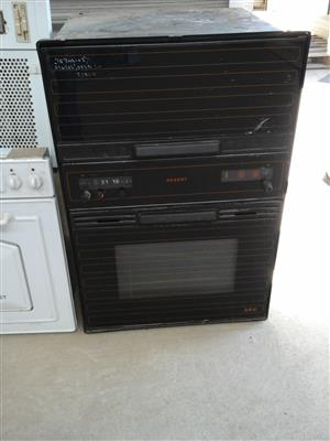 Oven black