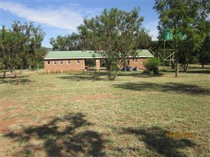 3x stands on the olifants river 2km from loskop dam--- or karavaanpark  FOR SALE