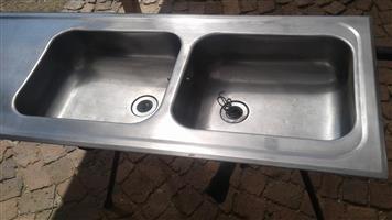 Kitchen Sink 2 Bowl.