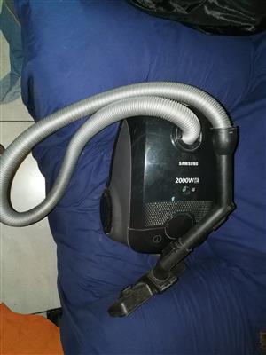 Samsung 2000W Vacuum Cleaner
