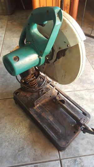 Cut off saw  In perfect working condition