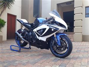 Suzuki GSXR750 in South Africa | Junk Mail