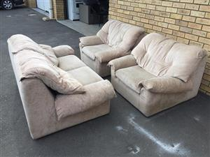 Cream 3 Piece Lounge Suite
