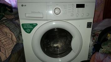 LG DirectDrive 6Kg Front Loader washing machine
