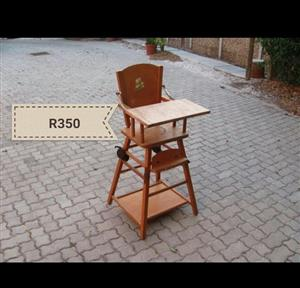 Wooden high feeding chair