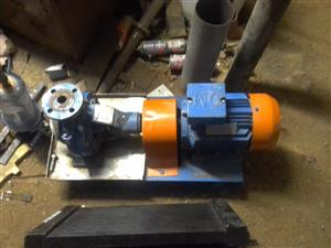 D & D Pumps NT 25 3 phase waterpump