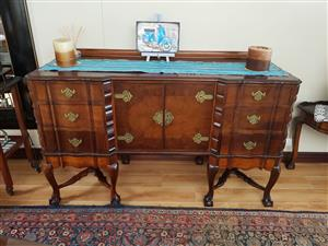Antique dining room suite 2 seater and sideboard