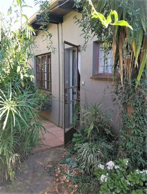 Glen Marais. Kempton Park.One bedroom garden cottage to let. Gated community. Avail immed. Dep. Req.