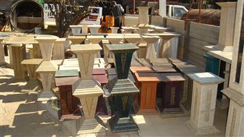 Stands/Pillars