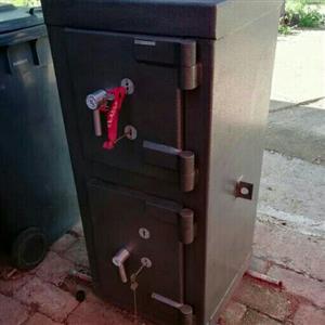 Drop Safe Double Door