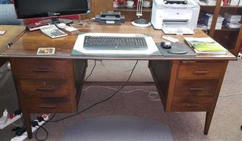 Partridge wood desk