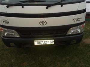 Toyota Dyna Diesel Truck
