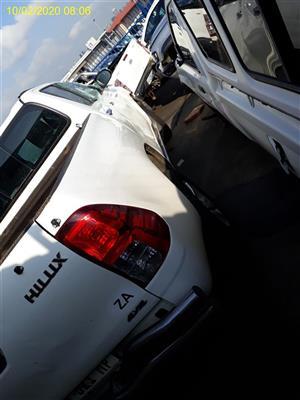 2016 Toyota Hilux 2.8GD 6 double cab 4x4 Raider
