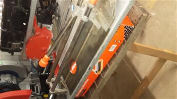 Tile cutters for sale