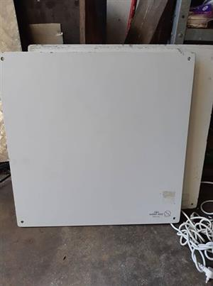 7 x Econo-heat/Salton wall panel heaters for sale