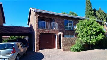 3 Slaapkamer dupleks te huur in Rietfontein