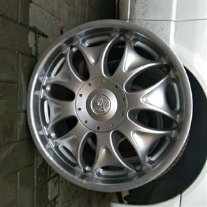 4x 20inch mags with tyres