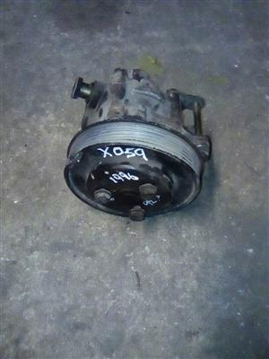 BMw 316i E36 1996 Power steering pump