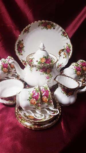 Royal Albert Old Country Roses Complete Teaset. Immaculate Condition for sale  Bellville