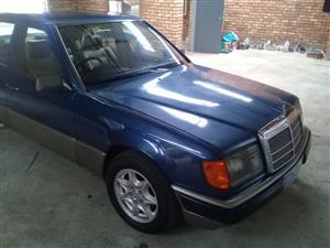 1989 Mercedes Benz 230E