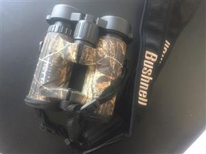Bushnell Binoculars Chuck Adams Edition