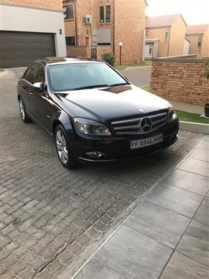 2010 Mercedes Benz 220SE