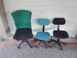 3 kantoorstoele