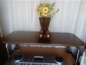 Coffee Table R 300. Very Beautiful Coffee Table. Uitenhage