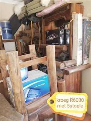 Kroeg met stoele te koop