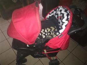 Car seat and pram for sale