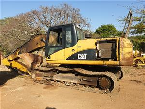 CAT 320D Stripping for parts
