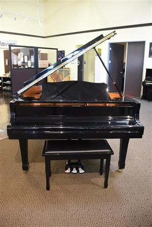 yamaha grand piano Model C3 for sale